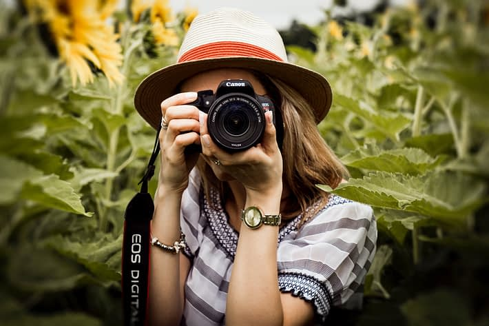 capturing photo